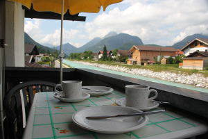 fewo3-kaffezeit-balkon_2739-300px