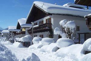 haus-im-winter-100_3577-300px